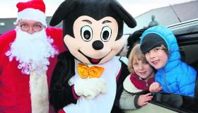 Longford Leader Gallery: Santa brings plenty of festive cheer during whistle-stop visit to Killoe