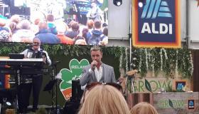 WATCH: Mike Denver sings Galway Girl