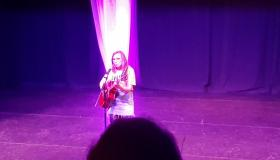 Watch | Ballymahon musician Katie Gallagher entertains a full house at Culture Night