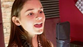 WATCH | Caoimhe Mooney of Evolution Stage School Longford performs a special version of Gleanntáin Ghlas Ghaoth Dobhair for St Patrick's Day