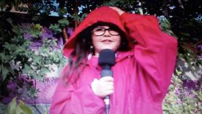 #Watch: Young #Longford TV reporter Cora Lennon urges us all to not make unnecessary journeys #Ophelia