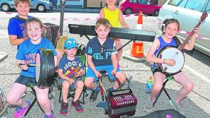 Sun brings out the crowds in Edgeworthstown for Midlands Busking Festival