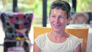 Helping a person with dementia to maintain their nutrition
