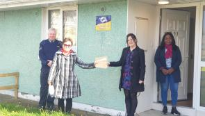 Longford Acorn Project receives €400 donation for phoneline service