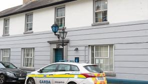 Masked gang slash tyres of garda cars before breaking into betting shop