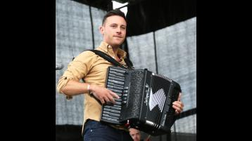 Country music starNathan Carter apologises for house party