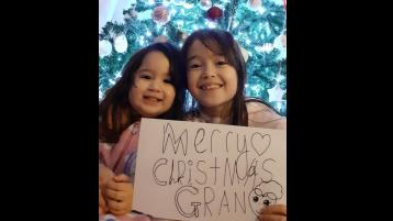 GALLERY | Christmas Greetings from Longford folk all over the globe
