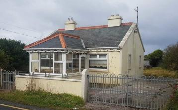 Calling all DIYers! This two-bed fixer-upper on the Wild Atlantic Way could be yours for just €70k