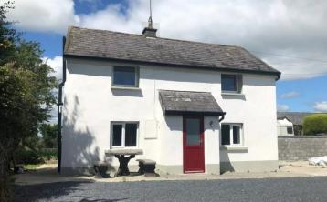 Dreaming of country living? This quaint two-bedroom home is on the market for less than €100k