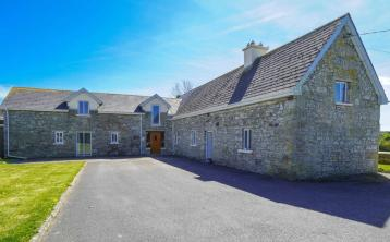 PROPERTY WATCH: This incredibly 'unique' Laois cottage is like none you've seen before
