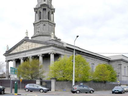Dublin Airport (DUB) to Ratoath - 5 ways to travel via bus, taxi