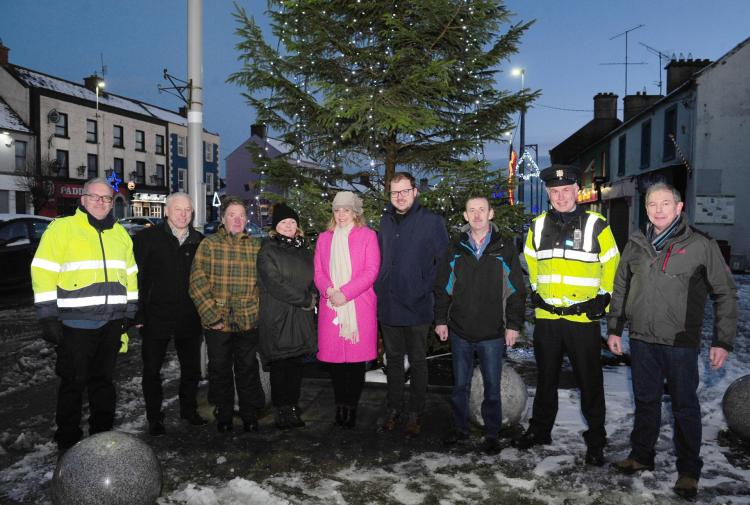 Longford Leader gallery: Festive cheer in Ballymahon for switching