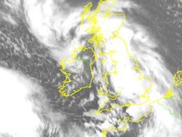 Storm Dylan's Approach Brings Status Orange Coastal Warning