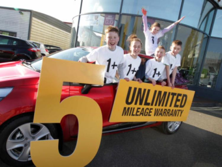 Five-year unlimited mileage across entire Renault range ...